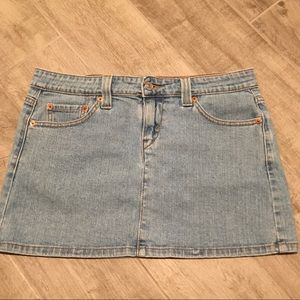 Levi's Low Slouch Denim Skirt